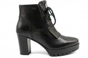 Black garden A807073D Black Boots Above the Ankle Woman With Plateau